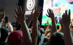 Shirts bedrucken lassen als Messe- und Eventpromotion